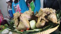 Ayam Ingkung. (Liputan6.com/Switzy Sabandar)