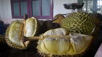Durian lokal khas Banyumas. (Liputan6.com/Muhamad Ridlo)