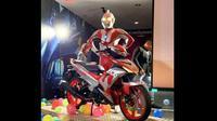 Yamaha MX King edisi Ultraman (ist)