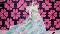 Potret Melly Goeslaw di Jakarta Fashion Week 2020 (sumber: instagram/melly_goeslaw)