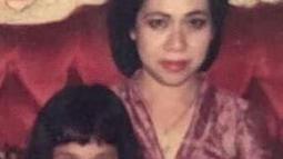 Ini salah satu potret nostalgia masa kecil Bunga Citra Lestari bersama sang ibunda. (Liputan6.com/IG/@bclicious_28)