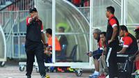 Pelatih T-Team, Rahmad Darmawan. (Bola.com/T-Team Facebook)