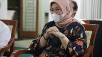 Menaker Ida dalam dialog dengan Perkumpulan Pengajar dan Praktisi Hukum Ketenagakerjaan Indonesia (Foto: Kemnaker)