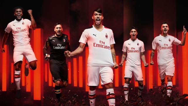 Adidas Kerjasama dengan Palace untuk Jersey Juventus Musim