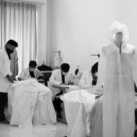 Sebanyak 350 hazmat berhasil diproduksi untuk didistribusikan kepada sejumlah rumah sakit di Jakarta.