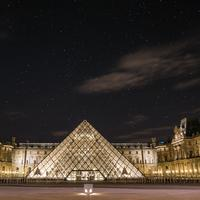 Louvre, Paris | unsplash.com
