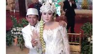 Resmi Menikah, Ini 6 Momen Mesra Pernikahan Ginanjar dan Tiara Amalia (sumber: Instagram.com/griyaageng_salasar)