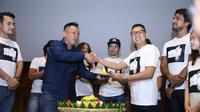 Syukuran awal syuting film Rembulan Tenggelam di Wajahmu. (Nurwhyunan/Bintang.com)