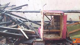 Sebuah peristiwa kebakaran terjadi di Kampung Kebon Kalapa Rt.02/01, Desa Malangbong, Kabupaten Garut, Jawa Barat pada, Sabtu (3/9). Rumah milik Abdurroman (50) ludes terbakar api hingga tidak menyisakan barang apapun juga.