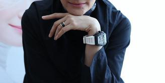 Inneke Koesherawati selalu menutupi kekurangan salah satu bagian wajahnya dengan make up. (Galih W. Satria/Bintang.com)