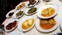 Masakan Padang (sumber: Wikipedia)