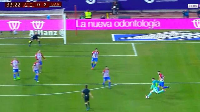 Berita video gol tendangan roket striker Barcelona, Lionel Messi, ke gawang Atletico Madrid. This video presented by BallBall.