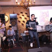 Performance Lyla di kawasan Kemang, Jakarta Selatan (Galih W Satria/Bintang.com)