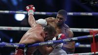 Tinju : Anthony Joshua Menang KO atas Pulev