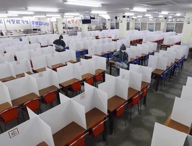 FOTO: Korea Selatan Bersiap Buka Kembali Sekolah