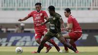 Tira Persikabo mengalahkan Persija Jakarta 5-3 dalam pekan kesembilan Shopee Liga 1 2019 di Stadion Pakansari, Kabupaten Bogor, Selasa (16/7/2019). (Bola.com/Yoppy Renato)