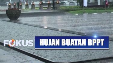 Demi aliri air di tiga waduk pemasok listrik Jawa-Bali, BPPT membuat hujan buatan untuk kawasan Bandung, Jawa Barat.
