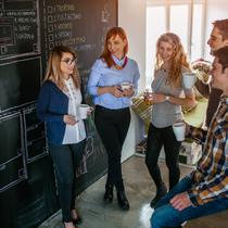 Ilustrasi meeting startup generasi milenial (iStockphoto)