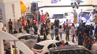Pameran otomotif Gaikindo Indonesia International Auto Show (GIIAS) Surabaya 2019