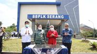 Gedung serba guna Balai Besar Pengembangan Latihan Kerja (BBPLK) Serang di kota Serang, Provinsi Banten, Kamis (25/2/2021).
