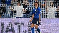 Striker Timnas Italia, Giacomo Raspadori, berhasil mencetak gol dalam laga debutnya bersama Gli Azzurri saat menang 5-0 atas Lithuania di Kualifikasi Piala Dunia 2022 zona Eropa, Kamis (9/9/2021) dini hari WIB. (Vincenzo PINTO / AFP)