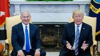 Donald Trump dan Benjamin Netanyahu di Oval Office, Gedung Putih, pada tanggal 5 Maret 2018 di Washington DC. (Mandel Ngan / AFP)