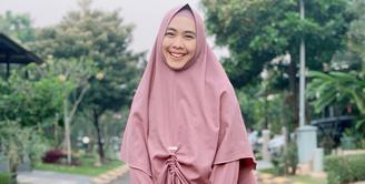 Oki Setiana Dewi (Instagram/okisetianadewi)