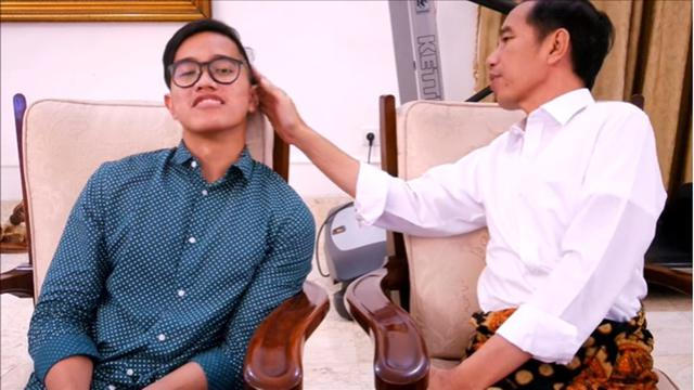 Saat Jokowi Ledekin Rambut Kaesang yang Mirip 'Mbatok Kelapa'