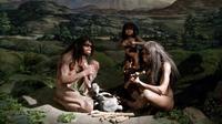 "Manekin dari Homo erectus dalam pameran berjudul ""Prehistoric Heritage"" yang digelar di Museum Nasional, 24 Oktober 2017. (Liputan6.com/Afra Augesti)"