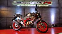 Honda CB150R Streetfire mengalami perubahan minor di 2018. (Herdi?Liputan6.com)