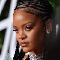 Makeup flawless Rihanna | instagram.com/badgalriri