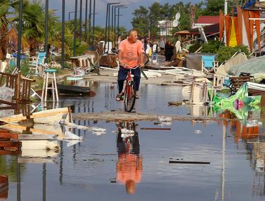 Tewaskan 6 Orang, Begini Kerusakan Usai Terjangan Badai di Yunani