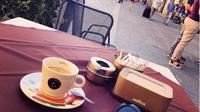 Minum kopi di Italia. (dok.Instagram @piayoung89/https://www.instagram.com/p/BXC22Lah4jF/Henry