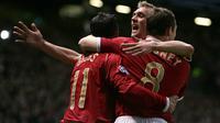 Manchester United meraih kemenangan telak 7-1 atas AS Roma pada laga perempat final Liga Champions 2006-2007. (AFP/Filippo Monteforte)