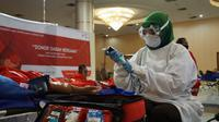 Palang Merah Indonesia menggelar donor darah serentak di hampir seluruh provinsi pada Selasa (9/6/2020) untuk memenuhi kebutuhan stok selama COVID-19. (Dok Palang Merah Indonesia/PMI Pusat)