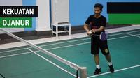 Berita video pemain Persebaya Surabaya, Irfan Jaya, bermain bulu tangkis dengan pelatihnya, Djanur (Djadjang Nurdjaman) memanfaatkan waktu kosong