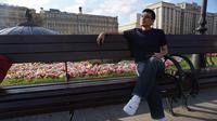 Dmitri Situmeang, warga Moscow berdarah Indonesia yang sudah menetap di Rusia sejak 2004. (Bola.com/Okie Prabhowo)