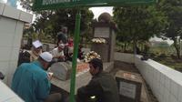 Memperingati Wafatnya M.H. Thamrin, komunitas Betawi Kita menggelar doa dan yasinan bersama.