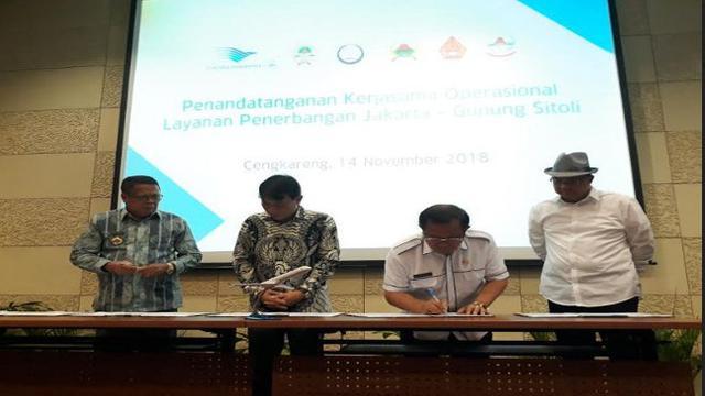 55 Kursi Kantor Jalan Nias Surabaya Gratis