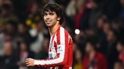 2. Joao Felix (Atletico Madrid) - Joao Felix bergabung dengan Atletico Madrid pada saat usianya 19 tahun. Atletico menggelontorkan dana hingga 113 juta poundsterling untuk Felix pada Juli 2019. (AFP/Gabriel Bouys)