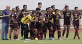 Pemain PSM Makassar merayakan kemenangan atas Lalenok United pada laga Piala AFC di Stadion Pakansari, Bogor, Jawa Barat, Rabu (29/1/2020). PSM menang 3-1 atas Lalenok United. (Bola.com/M Iqbal Ichsan)