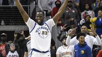 Forward Golden State Warriors Draymond Green meratayakan kemenangan atas Atlanta Hawks pada lanjutan NBA di Philips Arena, Jumat (2/3/2018) atau Sabtu (3/3/2018) WIB. (AP Photo/John Amis)