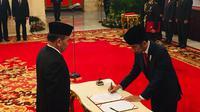 Jokowi lantik Hinsa Siburian sebagai Kepala BSSN.