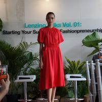 Contoh pakaian sustainable
