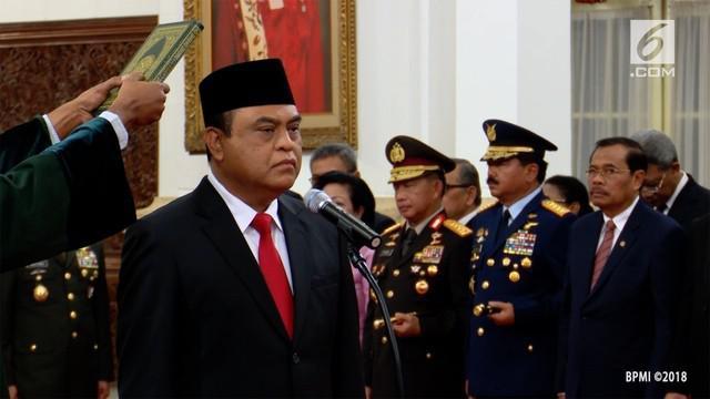 Presiden Jokowi resmi melantik Syafruddin sebagai Menteri Pendayagunaan Aparatur Negara dan Reformasi Birokrasi (PANRB). Ia menggantikan Asman Abnur yang mengundurkan diri.