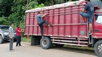 Satuan Narkoba (Satnarkoba) Polres Gorontalo Utara (Gorut), berhasil menggagalkan penyelundupan minuman keras (miras) jenis cap tikus (Arfandi Ibrahim/Liputan6.com)