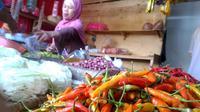 Cabai di pasar tradisional. (Foto: Liputan6.com/Muhamad Ridlo)