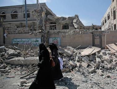 Digempur Saudi, Istana kepresidenan Yaman Hancur Berantakan