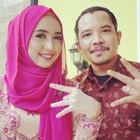 Carolyna Dewi dan Cella Kotak (Instagram/@carolynadewi)