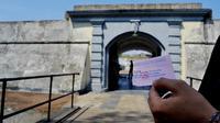 Pengunjung Cagar Budaya Benteng Marlborough dan Rumah Bung Karno tidak dipungut biaya masuk selama bulan kemerdekaan tahun 2017 (Liputan6.com/Yuliardi Hardjo)